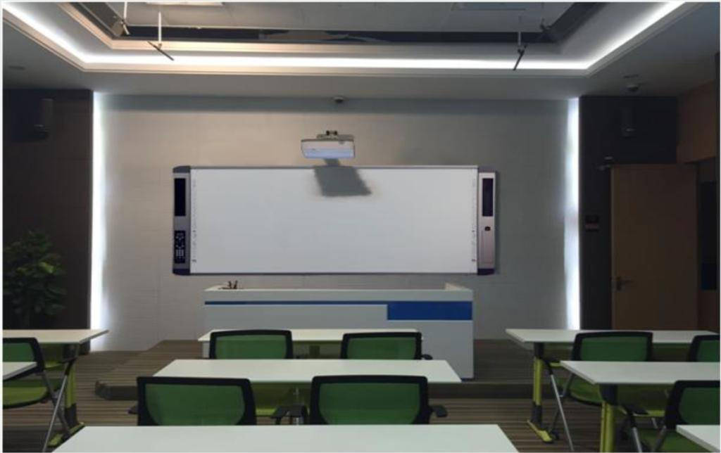 ห้องเรียนตัวอย่างที่ใช้กระดานอัจฉริยะ 150 นิ้ว