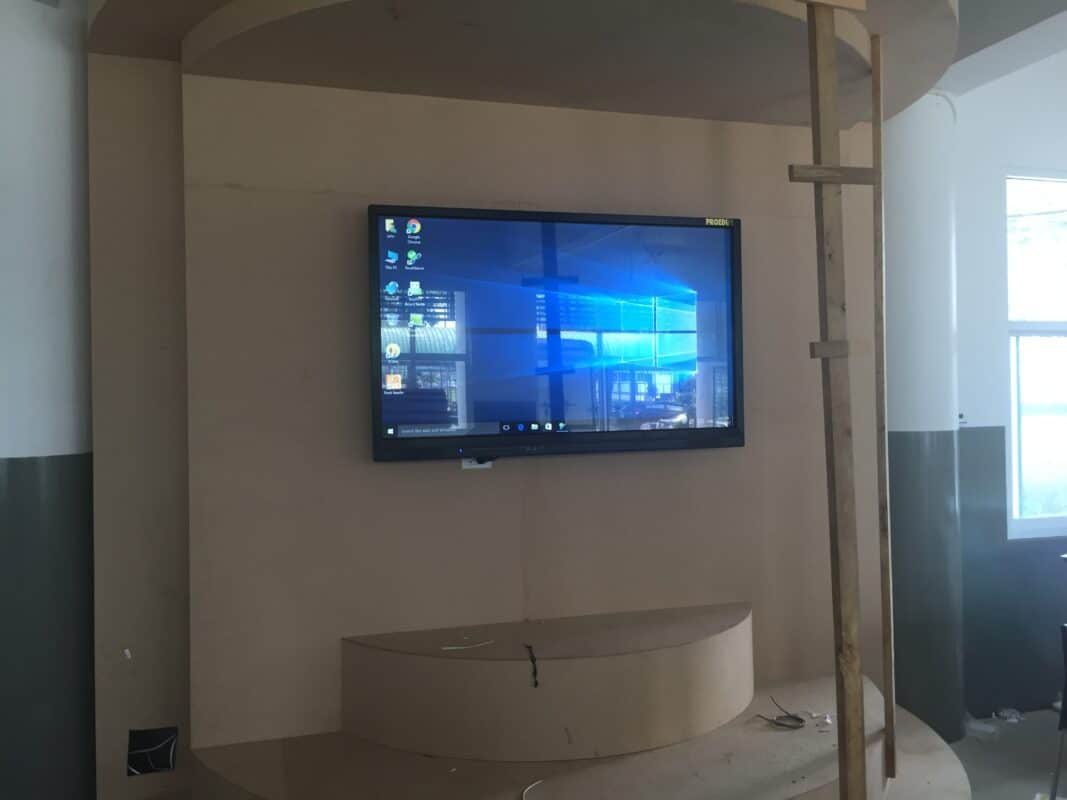 interactive flat panel use for decorate